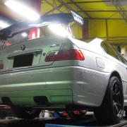 BMW/E46M3 ブレーキパット交換