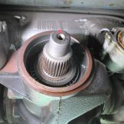 BMW/M5 デフオイル漏れ