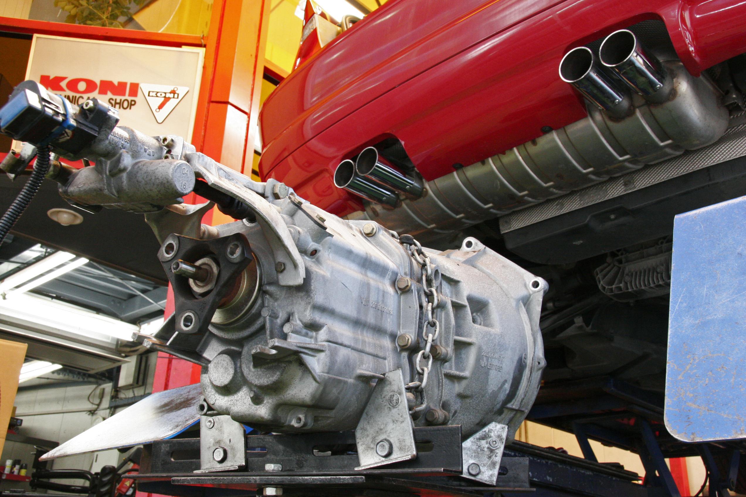 BMW E46/M3 SMG ミッション修理
