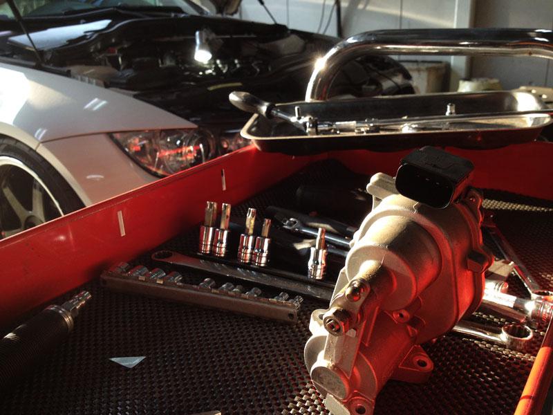 BMW E92/M3 スロットルモーター交換