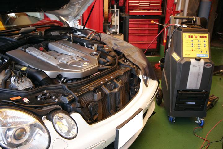 BENZ W211 AMG E55 カーボンクリーン
