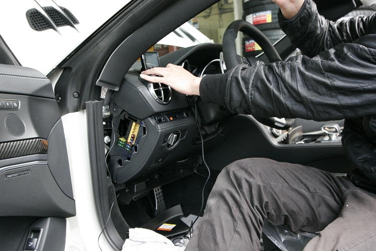 BENZ AMG SL63