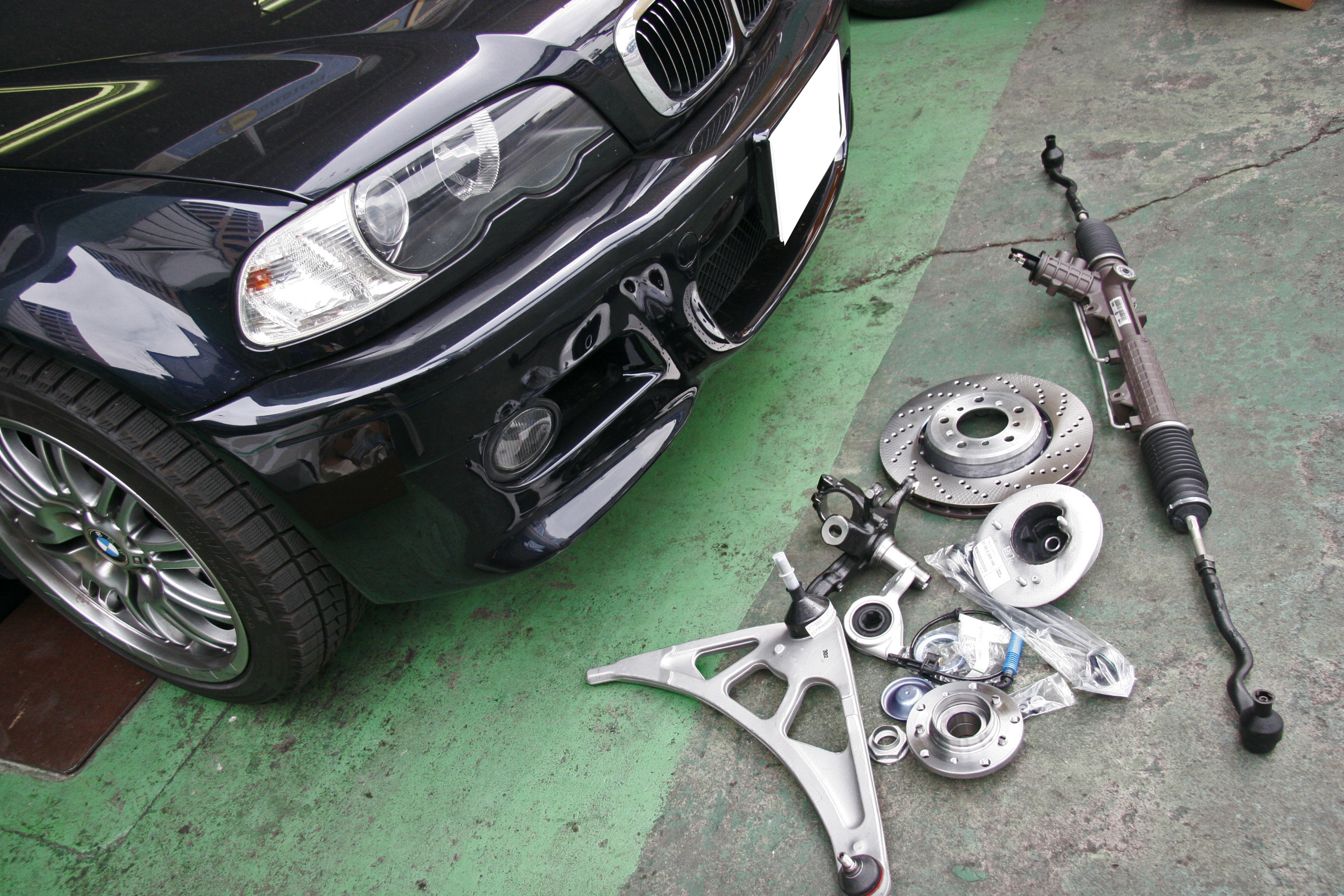 事故修理中