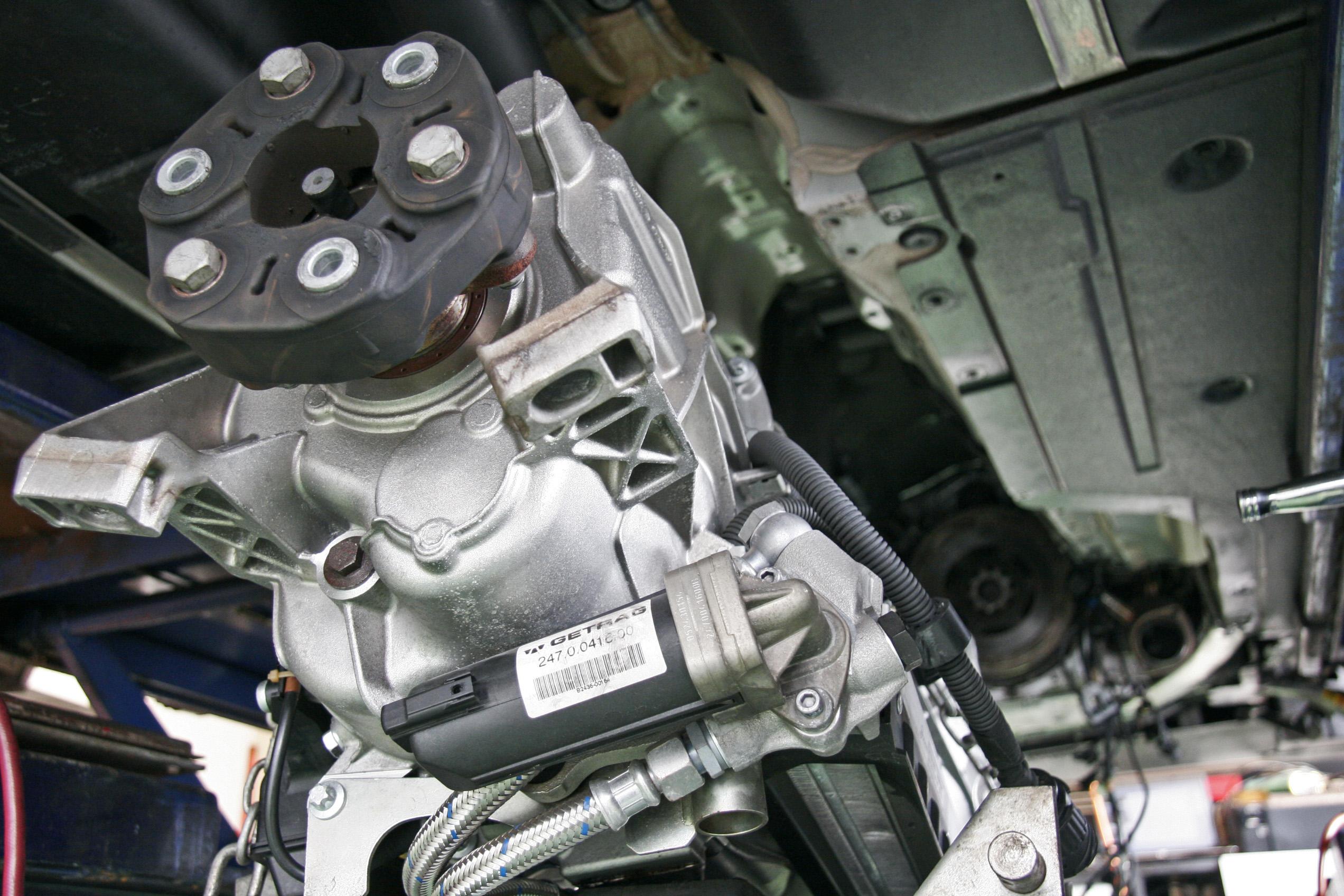 BMW E63/M6 クラッチ交換