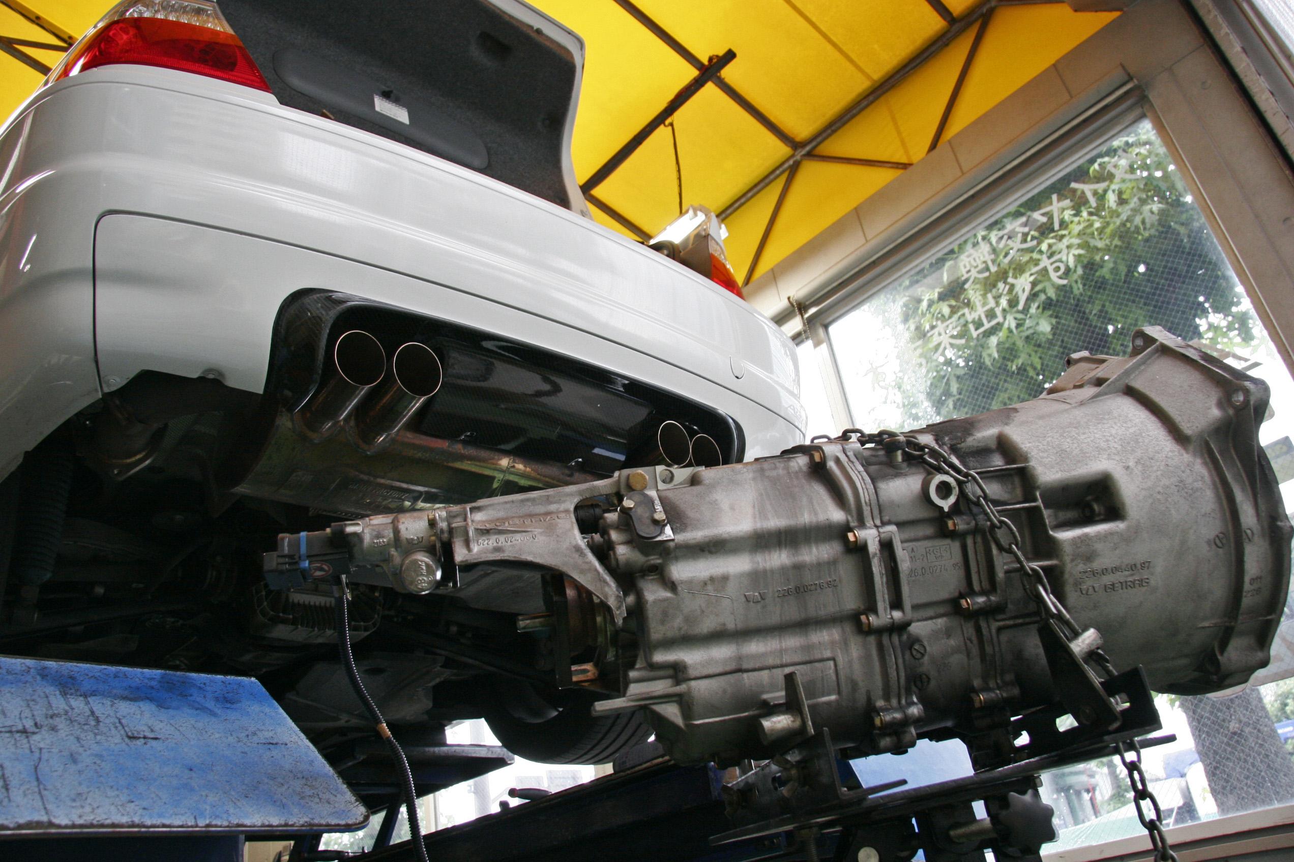 BMW E46/M3 SMG 軽量フライホイール交換