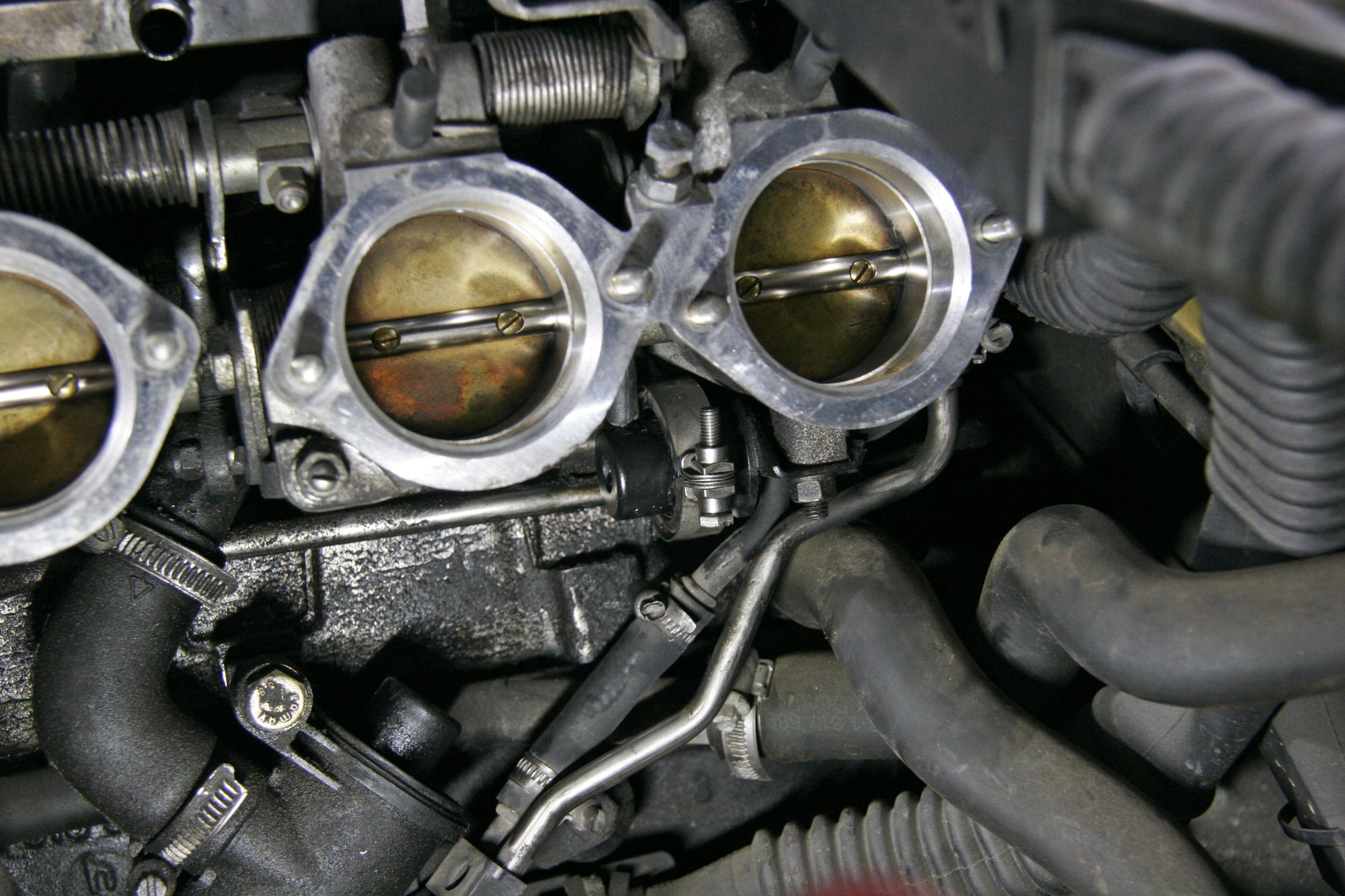 BMW E36M3 燃料系交換