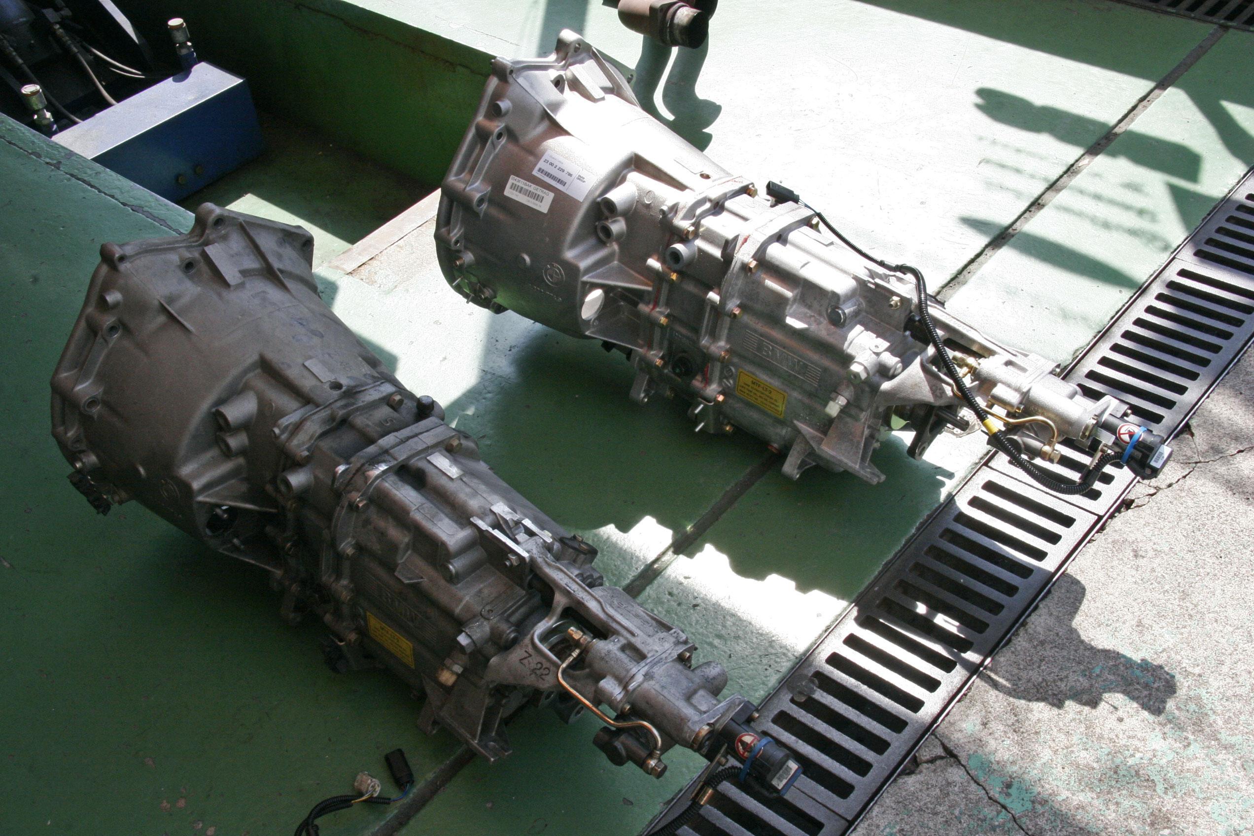E46/M3 SMGミッション交換