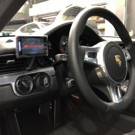 Porsche 991 カレラ4S ユピテル Z190R レーダー取り付け