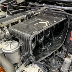 BMW E46M3 カーボンサージタンク 取り付け!