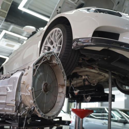 BMW E92M3 DKGミッション修理