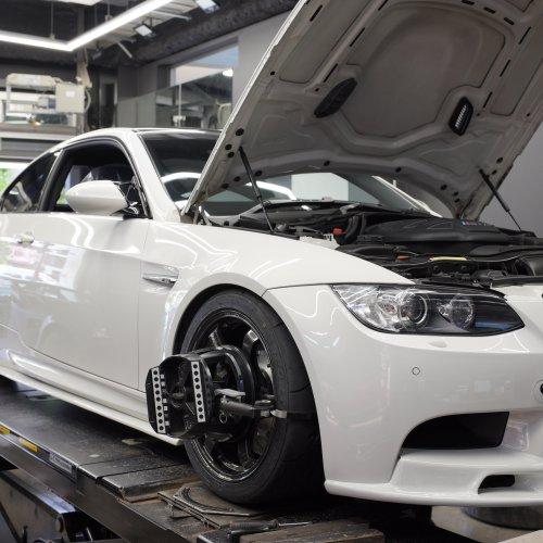 BMW E92M3 AP Racingオーバーホール、ハブベアリング交換など